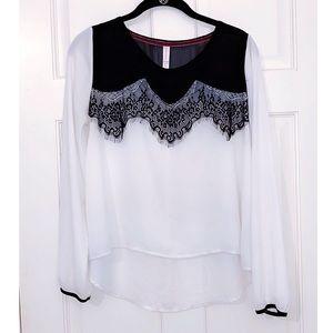 Xhilaration White & Black Lace Long Sleeve Blouse
